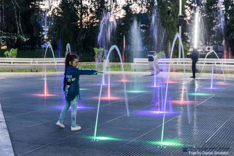 Светомузыкальный фонтанный комплекс в парке им.Джалиля в г. Мензелинск, РТ.
